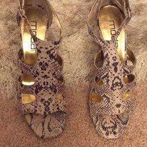 Moda Shoe